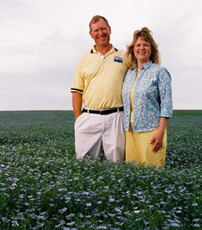 Mark and Esther Hylden | Golden Valley Flax
